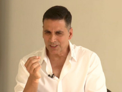 Akshay Kumar claims he hasn't visited Canada in the last 7 years; One Twitter user claims that's not true