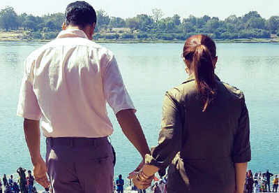 Akshay Kumar begins filming the Twinkle Khanna-produced Padman