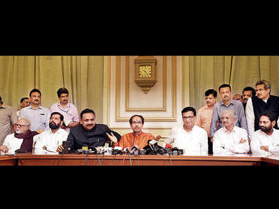 Uddhav Thackeray holds 1st cabinet meeting as CM; sanctions Rs 20 crore for Raigad Fort