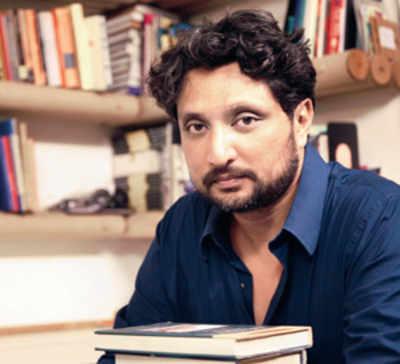 Artist protests labour conditions, UAE denies him visa
