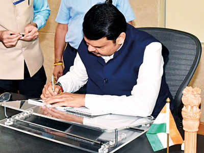 CM Devendra Fadnavis takes charge, sanctions Rs 5,380 crore for farmers affected by unseasonal rains