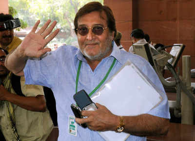 Remembering Vinod Khanna: On his birth anniversary, here are some lesser known facts about the actor