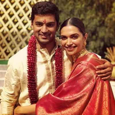 Who gifted Deepika Padukone a gorgeous royal saree?