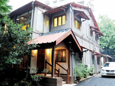 Power has a new address: Matoshree loses its monopoly to South Mumbai