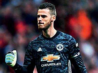 David De Gea signs bumper contract with Manchester United