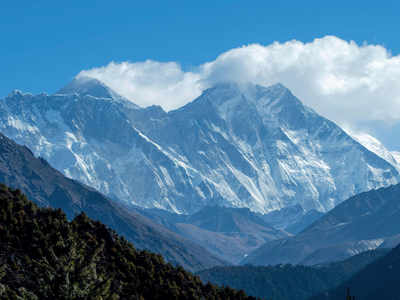 Dozens of stranded tourists flown off Mount Everest