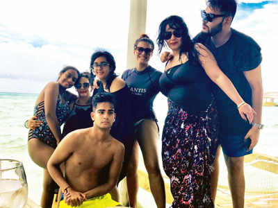 Ajay Devgn whisks off Kajol and family for a holiday in Maldives