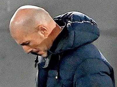 Real crisis for Madrid after another defeat