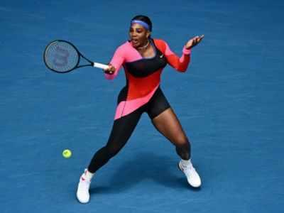 Serena Williams wins easily on 1st day of Australian Open
