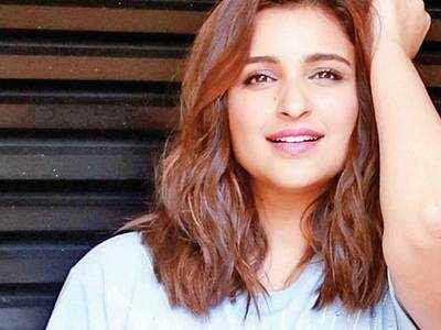 Pari reveals her 'super fan' roster