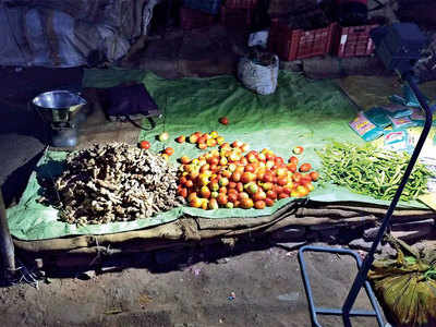 SEWA, bizmen use LEDs to lead veg vendors out of darkness