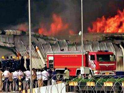 Only 1 Fireman, 1 Driver and 2 Vehicles to fight fire at Sanand GIDC