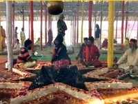 Kumbh Mela 2019: Seer sets up Pandal to perform Yajna for martyrs