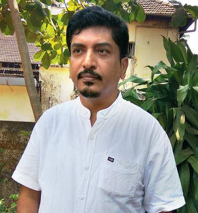 BJP leader trolled for meeting Udupi seer