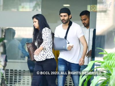 Photo: Katrina Kaif turns doctor for Kartik Aaryan