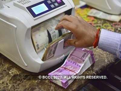 Government: No proposal to withdraw Rs 2,000 notes