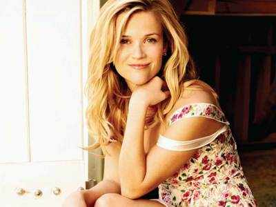Reese Witherspoon's paparazzi moments
