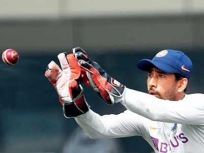 Wriddhiman Saha wants to pitch in with battling knocks
