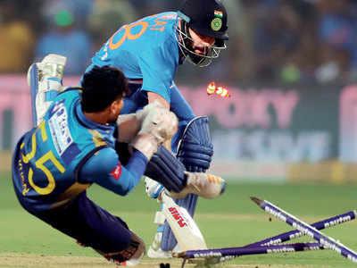 India decimate Sri Lanka to clinch T20I series