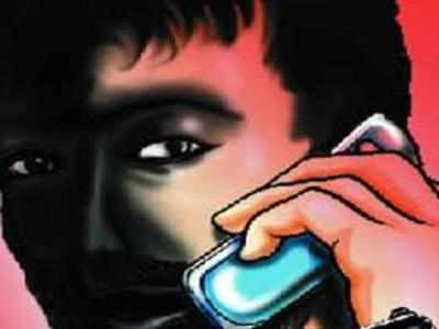 Two held for running fake call centre on two-wheeler