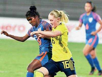 India U-17 girls positive before match against Thailand