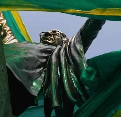 Mumbai: Residents oppose Bal Thackeray's statue at Colaba, cite 2013 Supreme Court order
