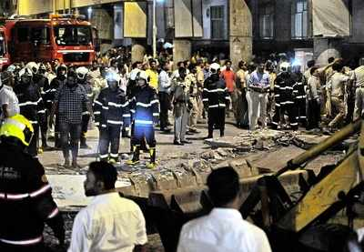 Mumbai CST Bridge collapse: From Narendra Modi, Devendra Fadnavis to Milind Deora - latest reactions on tragedy