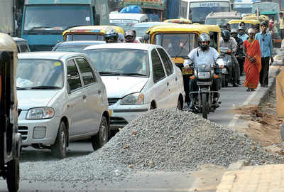 Rs 5 lakh fine for leaving building material on road