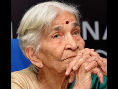 Documentary filmmaker Vijaya Mulay passes away at 98