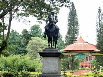 Case of controversial statue comes to an end