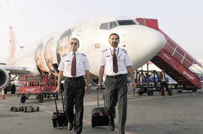 Cars India: SpiceJet pilots get Rs 1 lakh hike