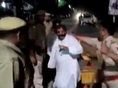 ​​Fact check: Did Police beat up retired army man for not wearing helmet?