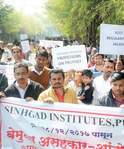 HC rules in favour of Sinhgad teachers