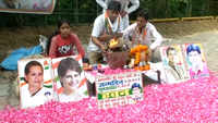 Congress supporters perform 'havan' on Rahul Gandhi's birthday