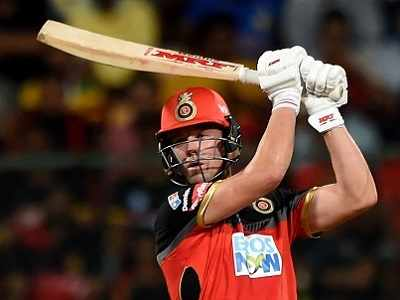 IPL 2018: AB de Villiers, Umesh Yadav power Royal Challengers Bangalore to a four-wicket win over Kings XI Punjab