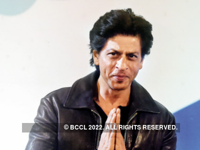 Shah Rukh Khan reveals he is not comfortable buying underwear online
