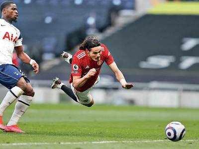 Solskjaer wants Cavani to stay at Man Utd after Spurs display