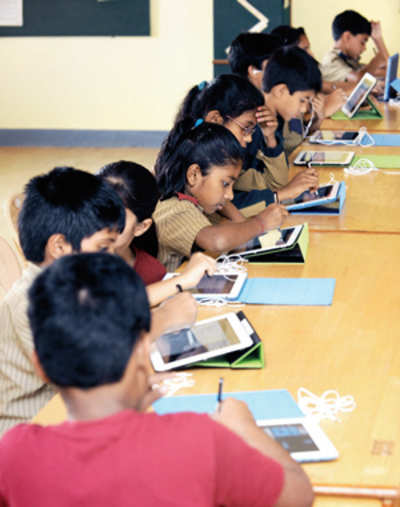 Tablets worth Rs 20 cr for BMC schools, but with no WiFi or 3G