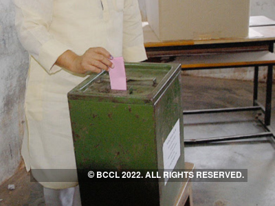Centre extends postal ballot facility to voters above 65 years of age, COVID-19 patients under quarantine