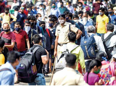 Migrant workers returning from Maharashtra allege extortion by cops