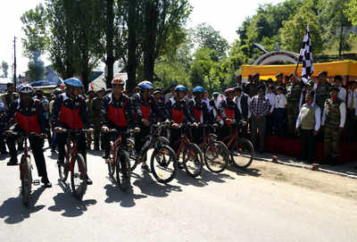 J&K: Army flags off three cycling expeditions