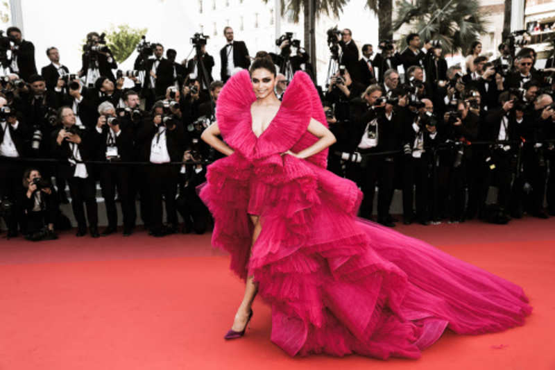 Deepika Padukone paints the French Riviera pink