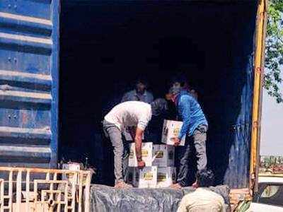 Surat cops sniff outbooze behind onions