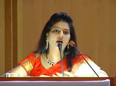 Fake alert: No, the woman giving a speech on cows is not Hyderabad rape victim