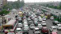 Farmers protest causes heavy traffic at Ghazipur flyover