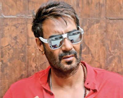 Ajay Devgn's Jigarthanda remake to feature Farhan Akhtar and Sanjay Dutt as filmmaker and gansgter