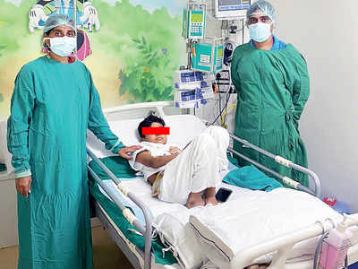 Father donates small intestine to his COVID+ 10-year-old son