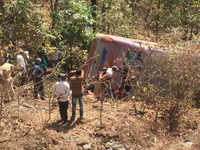 Palghar: 5 dead, 42 injured as bus falls into gorge in Mokhad