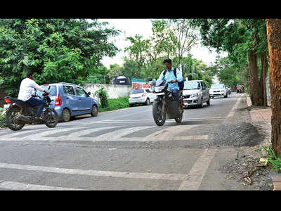 90% speed bumps in twin towns flout road norms: Study