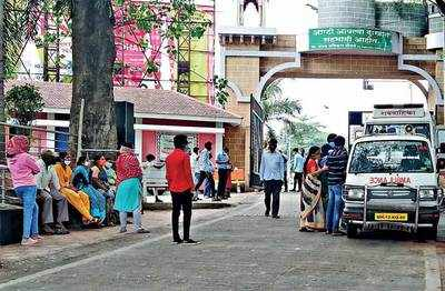 COVID death toll highest in weeks, cases surge